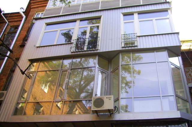 теплое остекление и сайдинг балкона в Ульяновске